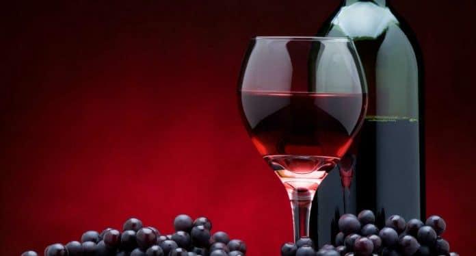 10 benefícios do vinho