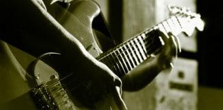 O mercado de musica no Brasil para quem toca guitarra