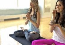 8 alimentos que ajudam a combater o estresse