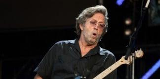 Conheça um pouco a história de vida de um dos cantores de maior sucesso Eric Clapton