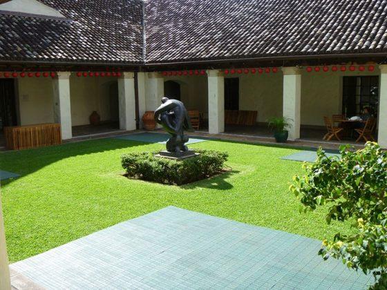 Academia de Artes de Honolulu 2