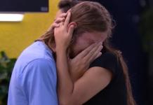 Daniel tem crise de choro e pensa em deixar o programa