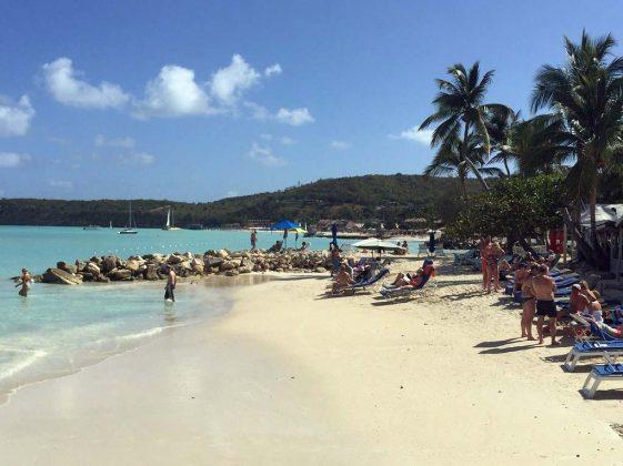 Dickenson Bay em Antígua e Barbuda