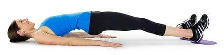 elevação de quadril com pernas estendidas - barriga chapada
