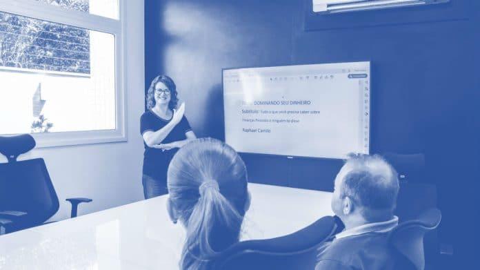 Escola de educação financeira de Curitiba - Boom Invest Business School SA