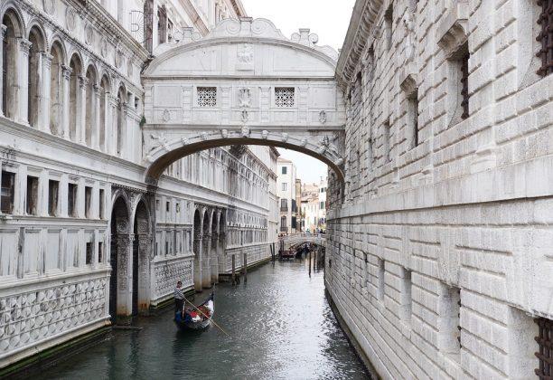 Ponte dos Suspiros em Veneza
