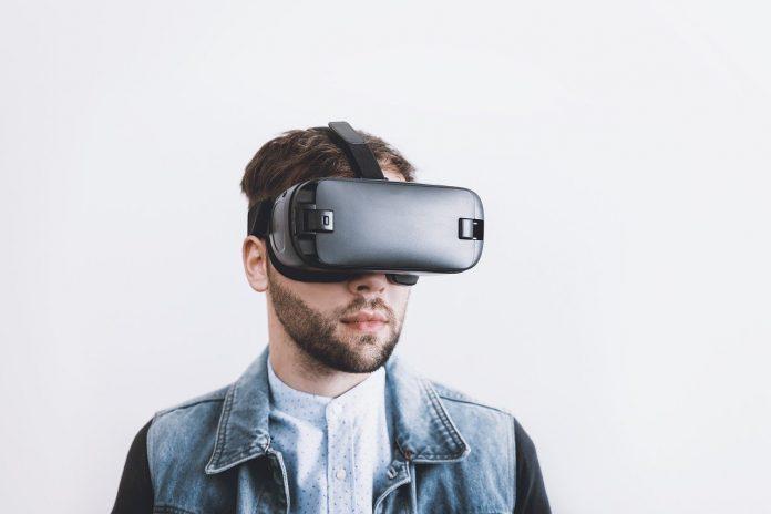 Saiba a diferença entre realidade virtual e realidade aumentada