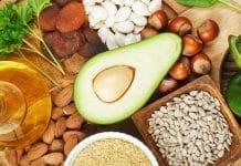 Vitamina E - frutas, legumes, mel, nozes