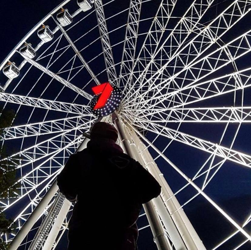 Arnaldo Gutierro em roda gigante